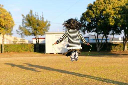 縄跳びの写真素材|写真素材なら「写真AC」無料(フリー)ダウンロードOK