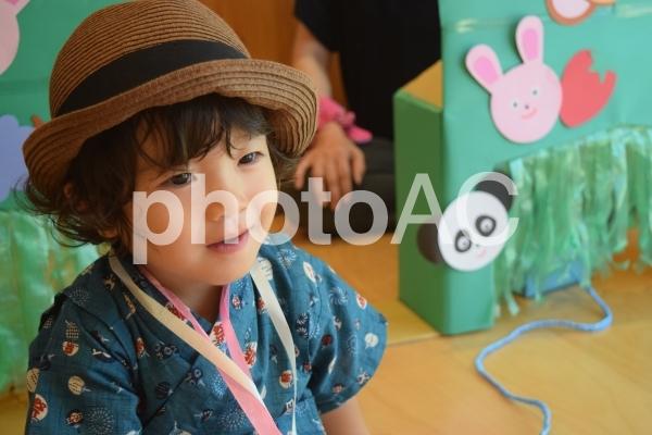 甚平を着た男の子2の写真