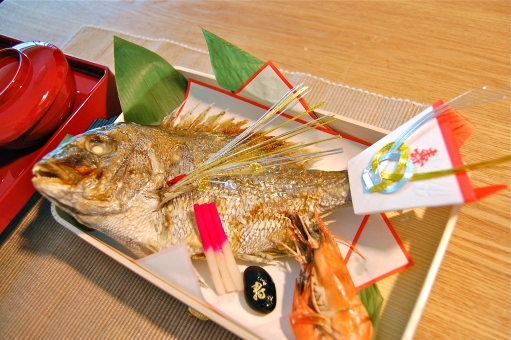 寿 祝い事 祝い めでたい おめでたい 真鯛 鯛 タイ マダイ たい 塩焼き 焼き魚 焼魚 エビ 海老 えび お喰い初め お食い初め 歯固め 箸ぞろえ 箸始め
