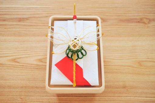 祝儀 祝儀袋 慶事 結納 結婚 婚礼 寿 祝い 祝 祝賀 金 鶴 水引 飾り紐 紐細工