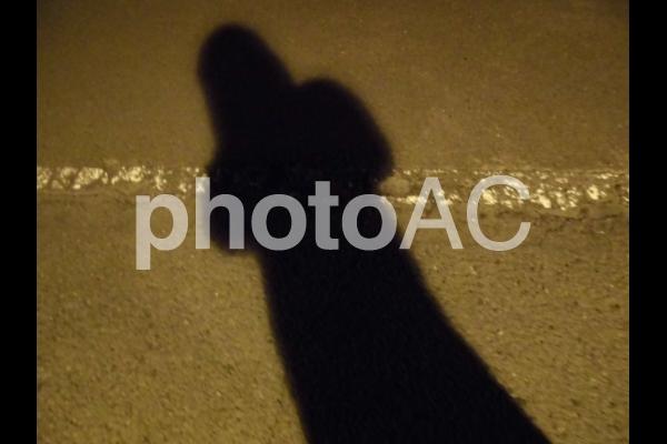怪しげな人物・謎のストーカー影の写真