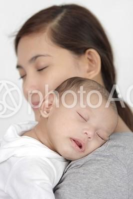 外国人の母子49の写真