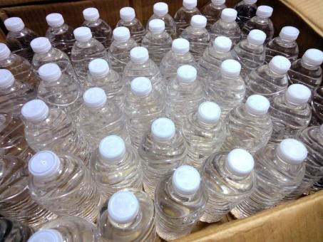 ミネラルウォーター ペットボトル 非常用 ストック 備蓄 災害 防災グッズ 避難所 非常食 飲料水 ダイエット 水 水分