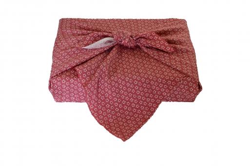 風呂敷 風呂敷包み 包み 贈答 贈答品 贈りもの おくりもの 和風 布 文様 お中元 お歳暮