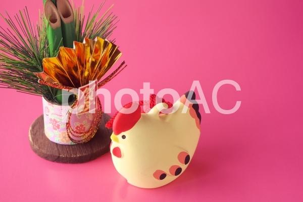 ニワトリの置物(酉年)の写真