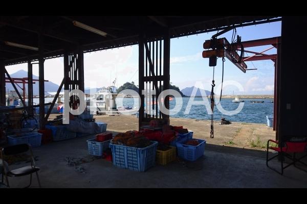 日本海の漁師の小屋の写真