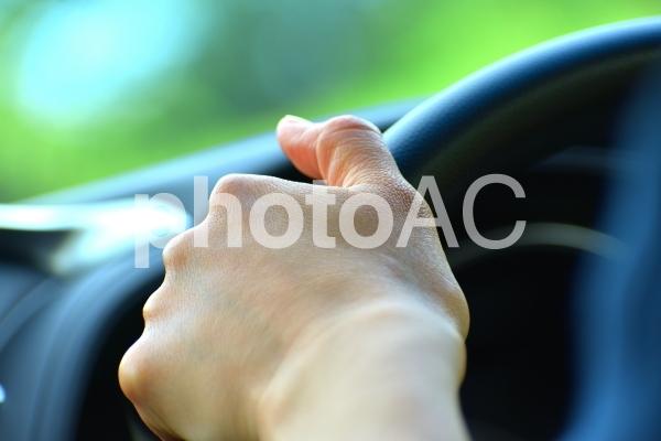 ドライブ 車の運転の写真