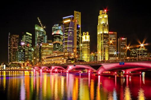 シンガポール アジア 外国 外国風景 海外 海外風景 景色 風景 街並 町並み 建物 建造物 夜景 夜 イルミネーション ネオン ライト ビル 高層ビル ホテル 観光 旅行 河 川 湾 海