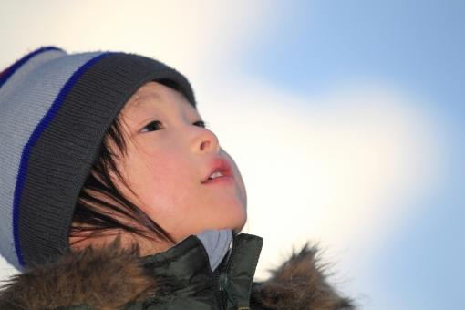 冬の子供の写真