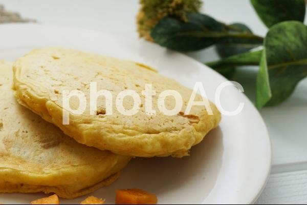 手作りフルーツパンケーキの写真