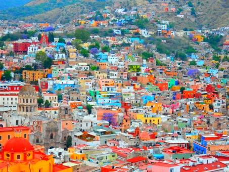 guanajuato mexico メキシコ カラフル 家 町並み レインボー 海外 グアナファト 背景 山 風景