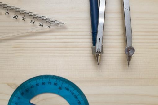 コンパス 分度器 三角定規 円 丸 円形 丸形 円分度器 全円分度器 角 角度 角度計 定規 物差 文具 文房具 筆記具 筆記用具 学用品 学習 用品 ステーショナリーグッズ 図 図面 図画 製図 設計 木 木材 工作 作図