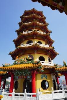 高雄 蓮池潭 龍虎塔の写真