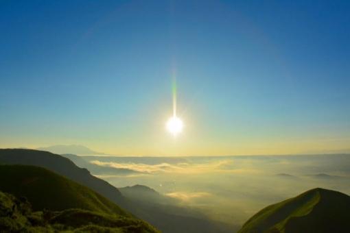 雲海 朝日 山 雲 日の出