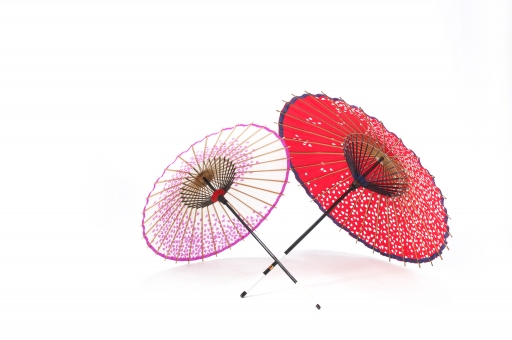 和傘 傘 かさ 和 日本 伝統 番傘 工芸 伝統工芸 和紙 和風 成人 成人式 七五三 職人 技 職人技 白バック 白背景