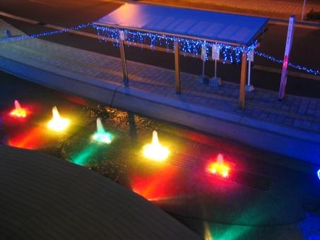 冬 冬休み 1月 2月 12月 寒い 旅行 鹿児島 バス停 イルミネーション 赤 青 黄色 緑 夜景
