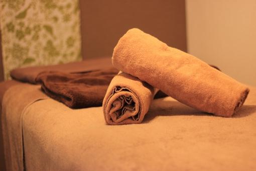 アロマエステサロンの施術ベッドの写真