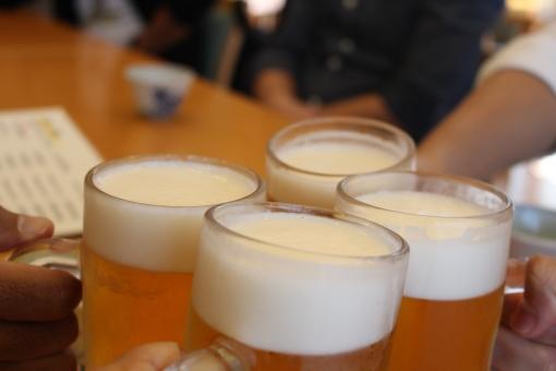 生ビール 乾杯 パーティー 旅行 お疲れ様 ジョッキ ビール 飲み会 酒