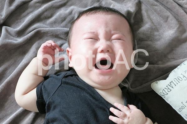 赤ちゃんの泣き顔 4の写真