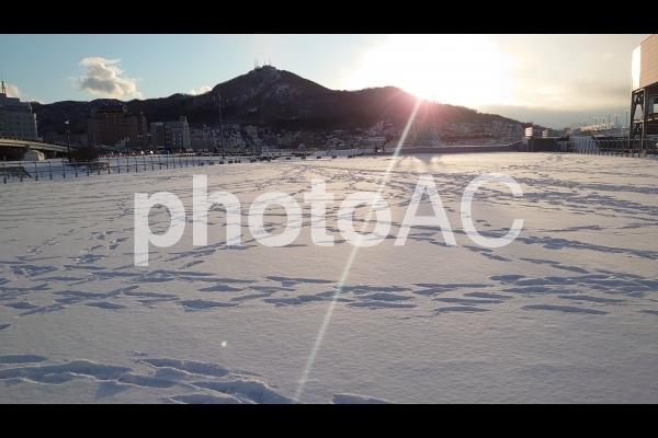 雪と足跡の写真