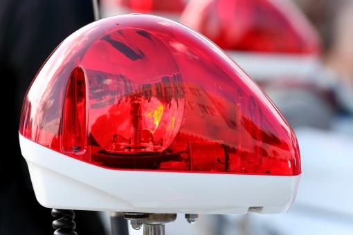 赤色灯 赤 白バイ サイレン 回転灯 警察 警察官 乗り物 アップ クローズアップ 赤色 交通 取締り 取り締まり オートバイ バイク 訓練 交通機動隊 パトライト ライト 治安 防犯 緊急車両 日本