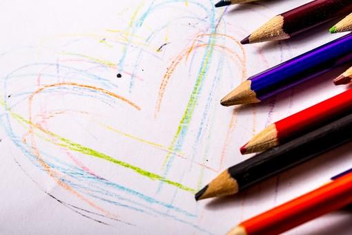 カラフル 落書き スケッチ お絵かき アート 色鉛筆 ハート ラブ LOVE ラブラブ バレンタイン バレンタインデー ホワイトデー 愛 愛情 夢 恋 恋人 結婚 希望 好き 愛してる 告白 気持ち 思い 想い 幸せ 幸福 絆 ハッピー