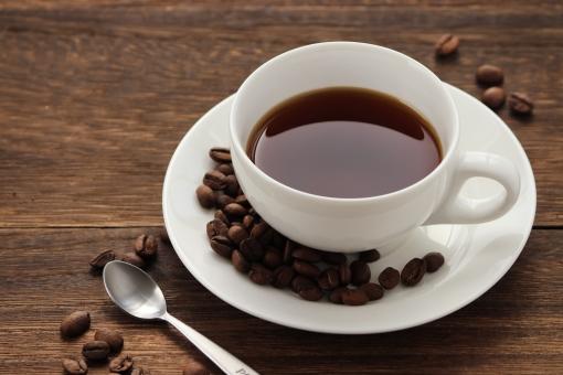 コーヒーと珈琲豆の写真