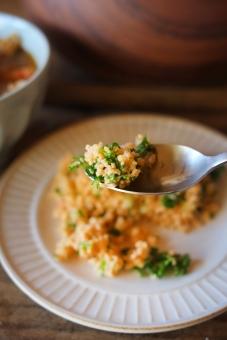 タブレサラダ タブレ タブーレ サラダ クスクス 食卓 ダイニングテーブル フランス料理 地中海料理 パスタ 郷土料理 パセリ