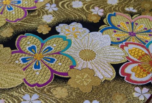 着物 刺繍 和服 KIMONO 着付け 成人式 結婚式 結納 桜吹雪