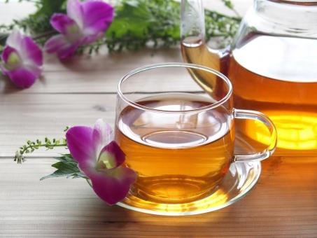 ハーブティー 紅茶 お茶 ホットティー ホット 飲み物 ドリンク 癒し くつろぎ リラックス エステ 美容 健康 デンファレ 花 シソ ルイボスティー