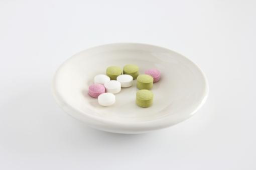 サプリメント 食品 補給 食事 サポート 栄養 ビタミン ミネラル コラーゲン アミノ酸 美容 健康 種類 クスリ 薬 摂取 アンチエイジング 栄養補助 副作用 通販 効果 背景 素材 背景素材 壁紙 イメージ 加齢 カラダ からだ フォローアップ
