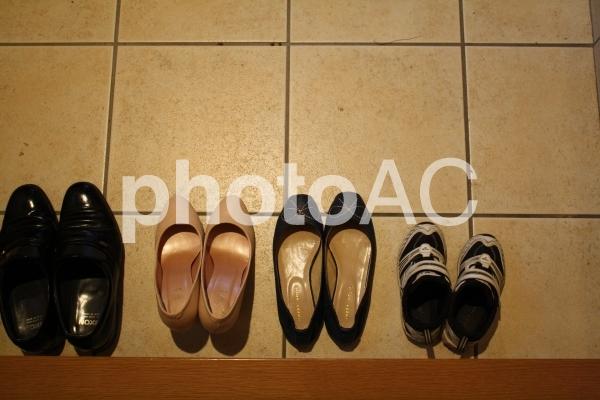 家族イメージ 靴の写真