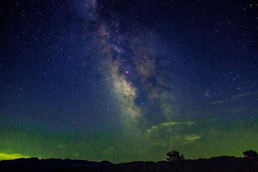ミルキーウェイ 宇宙 天体 夜空 星 惑星 夏 七夕 恒星 星座 銀河 昔話 天文 星雲 幻想的 ファンタジー 神秘的 ロマンチック SF 背景 自然 風景