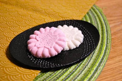 和菓子 菓子 砂糖 和三盆 砂糖菓子 お茶菓子 お茶受け おもてなし もてなし もてなす 日本 和 和柄 らくがん 落雁 さくら 桜 サクラ 南部鉄器 鉄器 食器 伝統