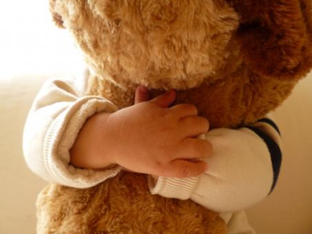 ぬいぐるみ かわいい 大好き 子供 小さな手 癒し 手 ちっちゃい