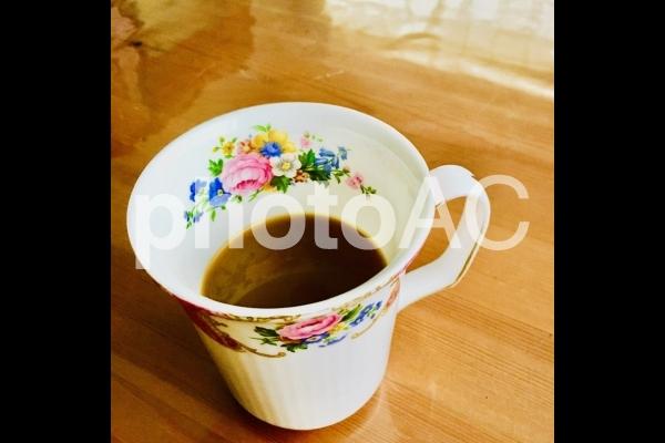マグカップ コーヒー リビング 休憩の写真