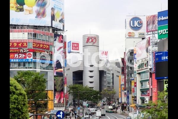 渋谷109ビルの写真