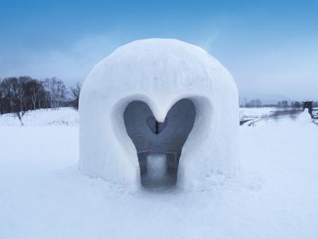 かまくら ハート 雪 雪国 蒜山 岡山県 自然 2月 バレンタイン 入り口 愛情 カップル 冬 イベント 雪景色 1月