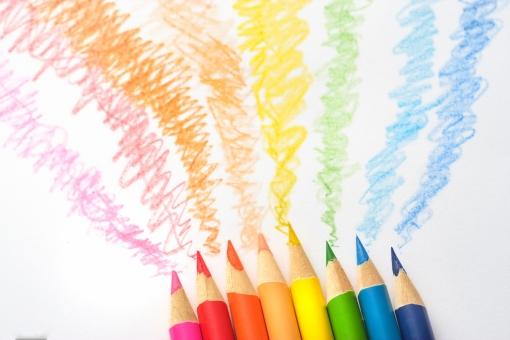 色エンピツ 色鉛筆 カラフル 虹色 カラー 色彩 楽しい かわいい こども カワイイ 春 子供 手書き エコ 子ども 手描き キッズ ドリーム 環境 ワクワク 夢 工作 キラキラ 創造 想像 イメージ 未来 希望 レインボー ドキドキ