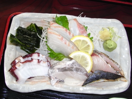 たちうお 太刀魚 さわら 鰆 タチウオ サワラ 鯛 たい タイ たこ タコ 蛸 刺身定食 刺身