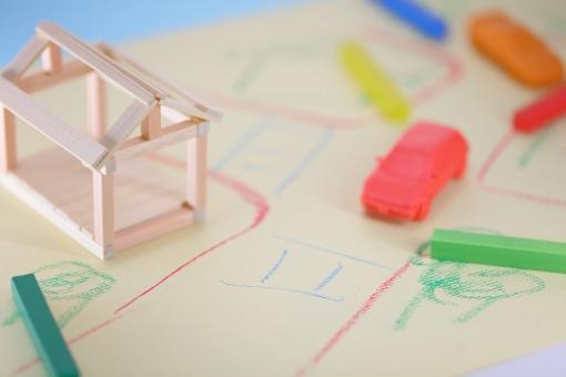 模型 モデル ミニチュア 不動産 宅地 土地 分譲 販売 仲介 住宅 住まい マイホーム 木造 木 測量 登記 名義 住宅ローン 金利 借り入れ 引っ越し 転居 売買 賃貸 相談 注文住宅 建築条件 探す パステル