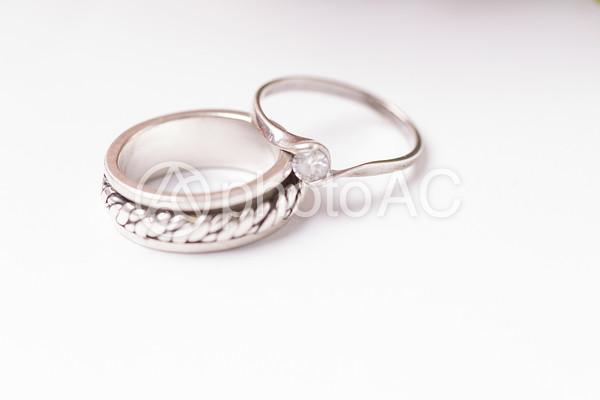 サンドリングと婚約指輪1の写真