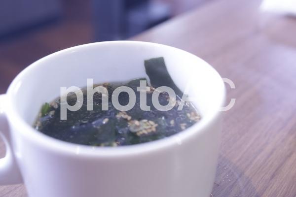 わかめスープの写真