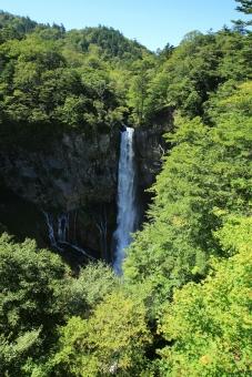 華厳滝 華厳の滝 滝 日光 大谷川 名瀑 名勝 自然 栃木 風景 景色