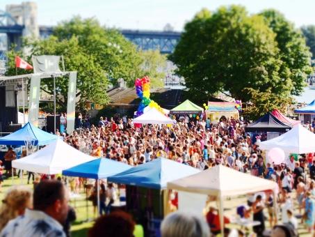 プライド デー パレード ライブ プライドデー イングリッシュベイ テント フェス カナダ バンクーバー pride day parade live english bay tent festival canada vancouver