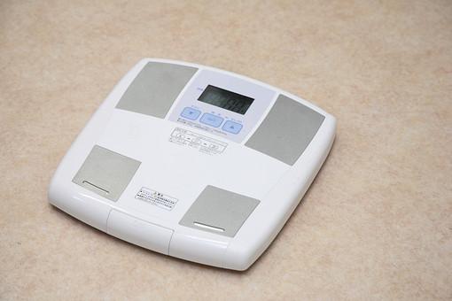 ダイエット 体重計 健康 健康診断 ヘルスメーター 社会医療法人弘道会 守口生野記念病院 病院 健康器具 器具 デジタル 測る 計る 体重 検査 肥満 美容 記録 データ 屋内 室内 生活 暮らし 運動不足 生活習慣病 医療