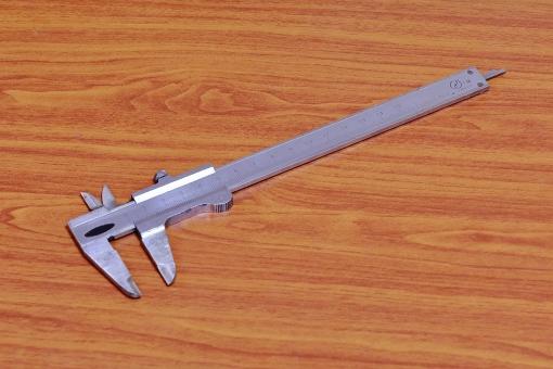 測定器 測定具 計測 計測器 スケール ノギス バーニヤ 1/100mm 工業 工具 精密機器 工場 直径測定 内径測定 厚み測定
