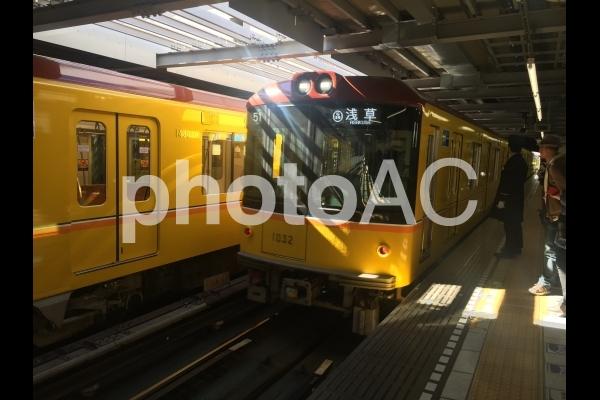 銀座線 レトロ車両の写真