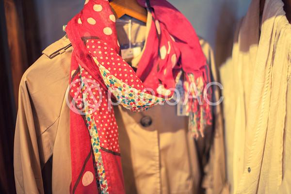 コートとスカーフの写真