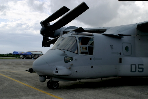 オスプレイ 飛行機 軍用機 プロペラ 米軍基地 沖縄 アメリカ